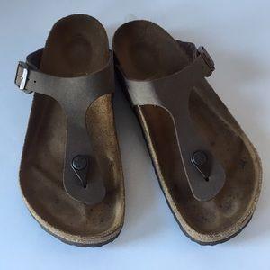 Birkenstock thong sandals size 37 brown US size 7
